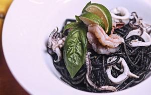 squid-ink-spaghetti